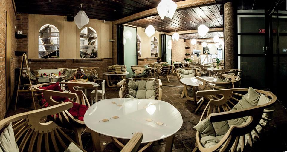 http://cluj.com/locatii/cafeneaua-ragaz-cluj/