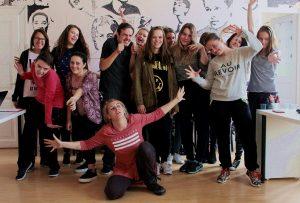 Atelier de teatru pentru liceeni din cadrul Lunii Creative - Ediția a II-a  foto credit: Ioana Ofelia
